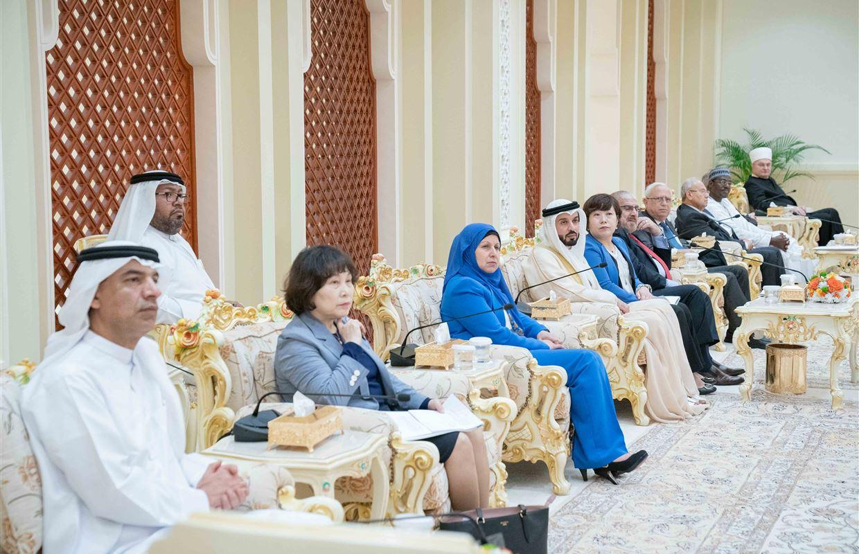 سلطان القاسمي يلتقي ضيوف جائزة الشارقة الألكسو للدراسات اللغوية والمعجمية