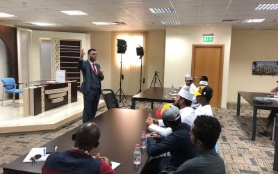 طلاب الجامعة القاسمية يطّلعون على آخر التطورات في إنجاز المعجم التاريخي للغة العربية